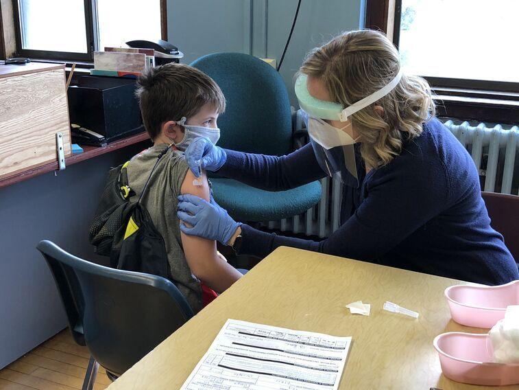 Dr. Vieth at our annual Flu Clini