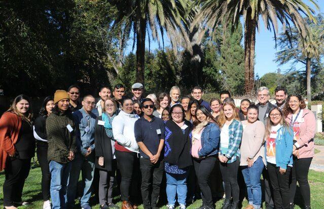 'Ascending Lights' 30 años como emparejadores de mentoría en LA