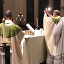 Obligation to attend Mass stays suspended because of COVID